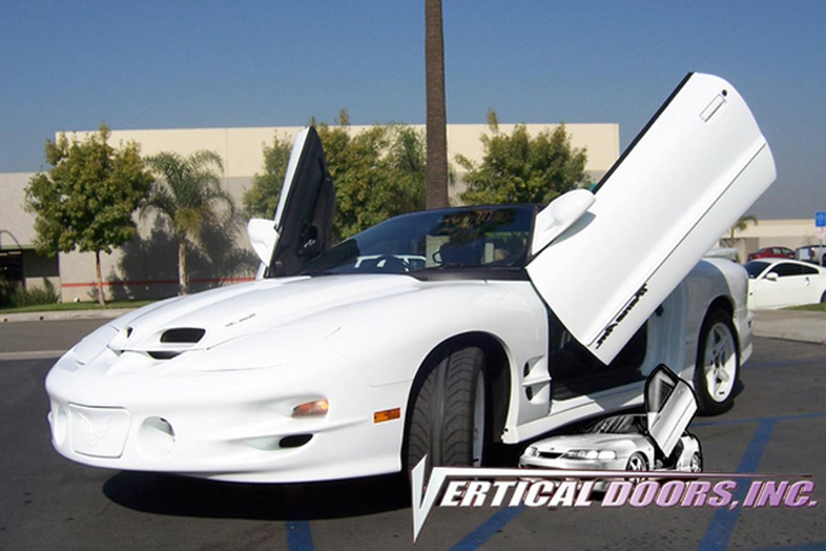 Vertical Doors Inc. Bolt-on Lambo Doors Kit, Manual Operation.