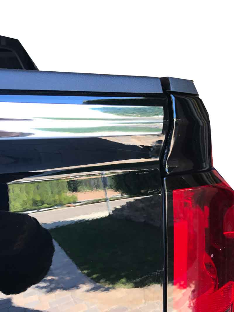 1 inch Flexible Inside and Outside Corner Molding and Ridge Line Molding, Chrome.