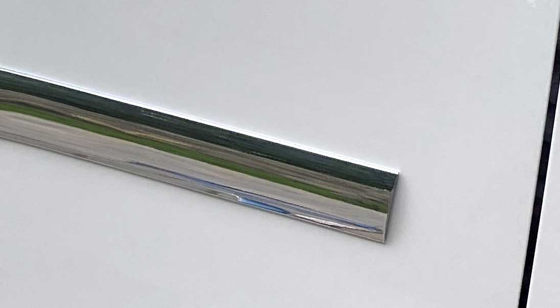 1 3/8 inch Flat Body Side Molding Chrome